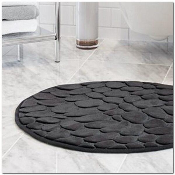 Paklāji vannas istabai
